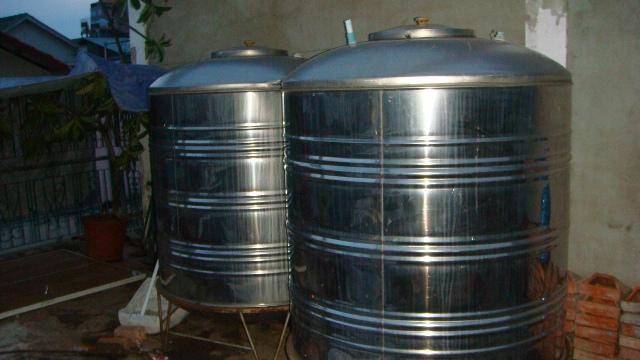 Water Tanks For Sale >> Water Tanks For Sale Qty 2 2000 Litres Each Used Good